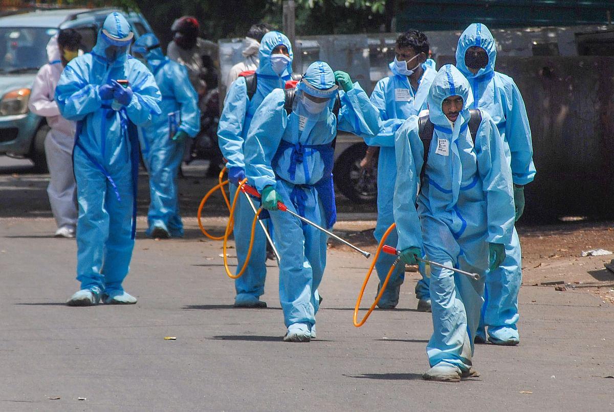 महाराष्ट्र में कोरोना विस्फोट : आज रिकॉर्ड 1362 नये मामले, दो दिनों में ढाई हजार केस, संक्रमितों की संख्या 18 हजार के पार