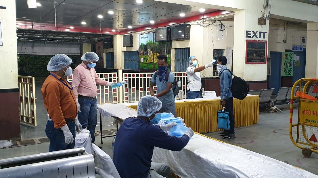 Coronavirus in Jharkhand Live Update :  झारखंड में सूचना भवन के कर्मचारी में कोरोना की पुष्टि से मचा हड़कंप