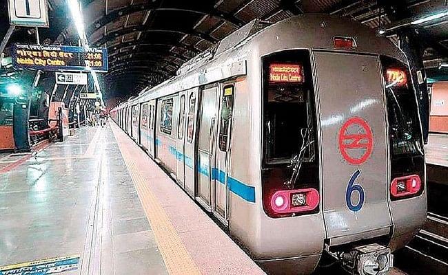 दिल्ली सहित अन्य शहरी क्षेत्रों में जल्द शुरू हो सकती मेट्रो सेवा, सरकार की तैयारी पूरी !