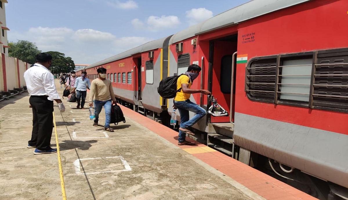 दो जून को इंदौर से बंगाल के श्रमिकों को लेकर हावड़ा आयेगी दो ट्रेन