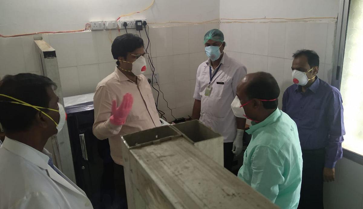 साहिबगंज में ट्रूनेट मशीन के आने से कोविड-19 की जांच में आयेगी तेजी, एक दिन में करीब 32 जांच का मिलेगा रिजल्ट