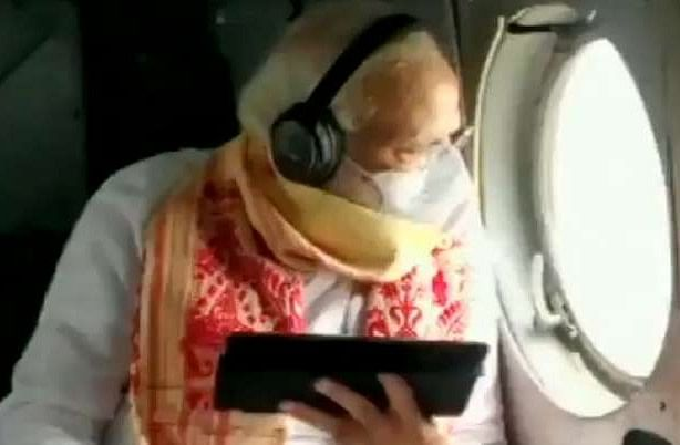 पीएम ने पश्चिम बंगाल में अम्फान प्रभावित क्षेत्रों का किया हवाई सर्वेक्षण, सीएम व राज्यपाल थे साथ, नुकसान का लिया जायजा
