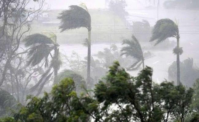 कोरोना से तबाह महाराष्ट्र पर मंडराया चक्रवाती तूफान का खतरा