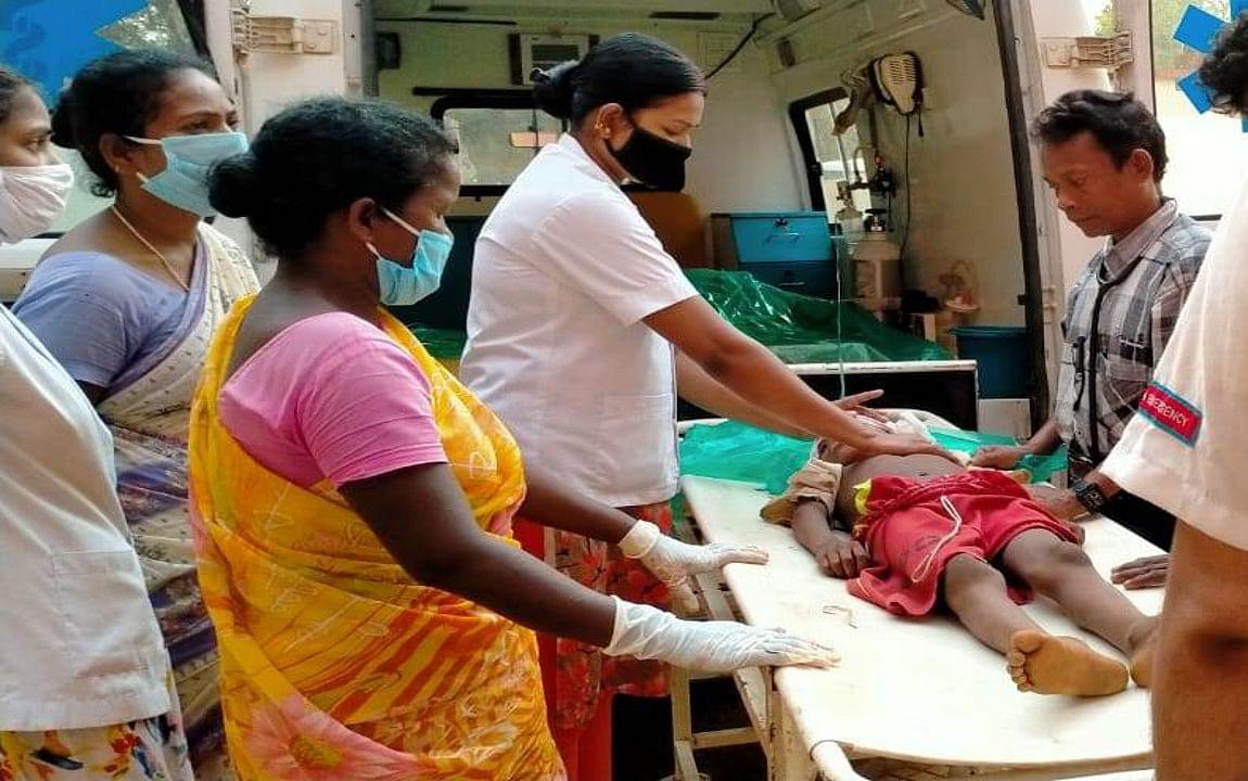 काठीकुंडा के बंद खदान में गिरने से 10 वर्षीय बच्चे की मौत, दूसरा घायल