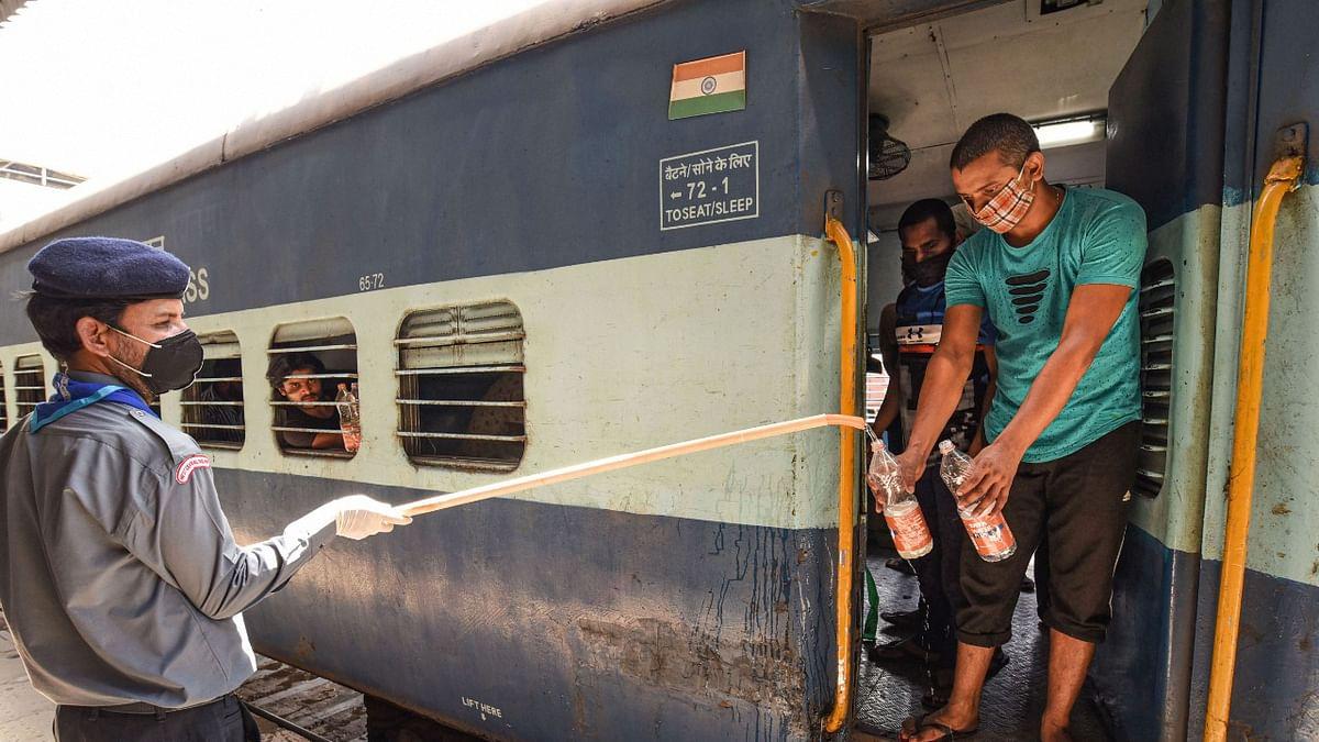 IRCTC/Indian railways: 1 जून से चलेंगी ट्रेनें: ऐसे पाएं आसानी से ऑनलाइन टिकट, जान लें बुकिंग और यात्रा के नियम