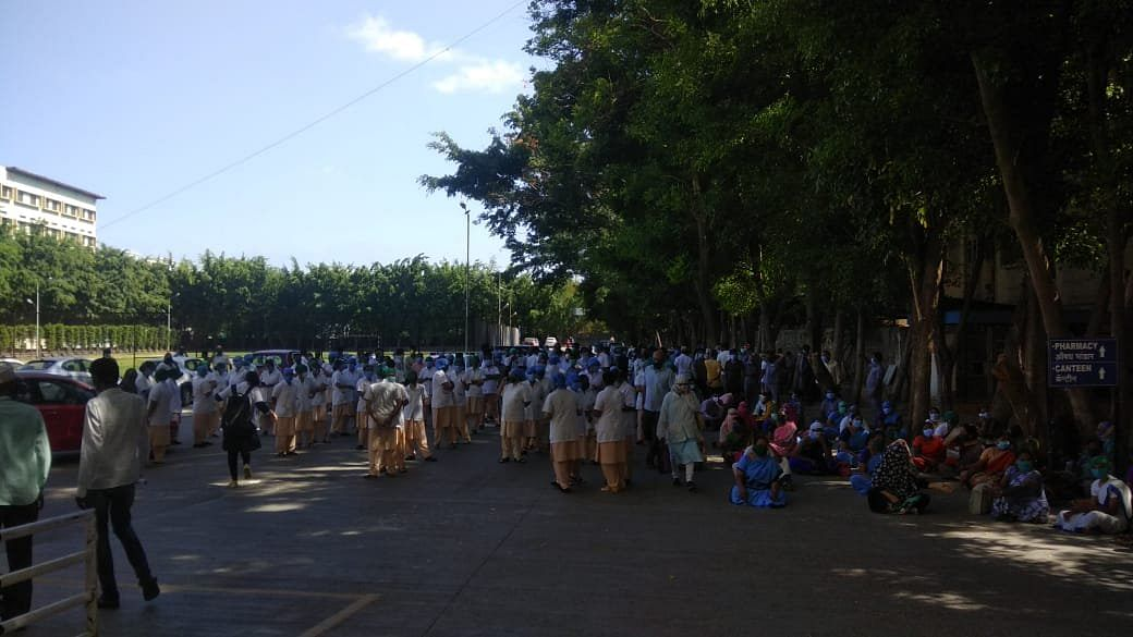 Hospital Staffs  Protest Today Outside of Kashibai Navale Medical College