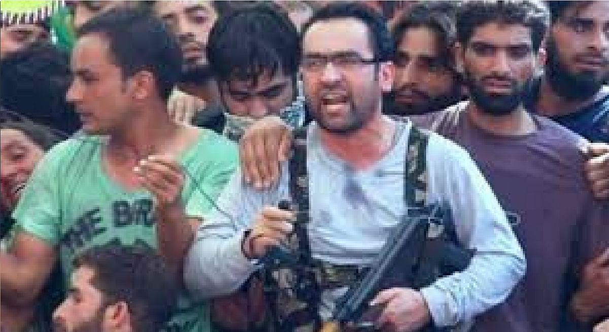 एक शिक्षक कैसे बना आतंक का चेहरा, जानें रियाज अहमद नायकू के आतंकी बनने की पूरी कहानी