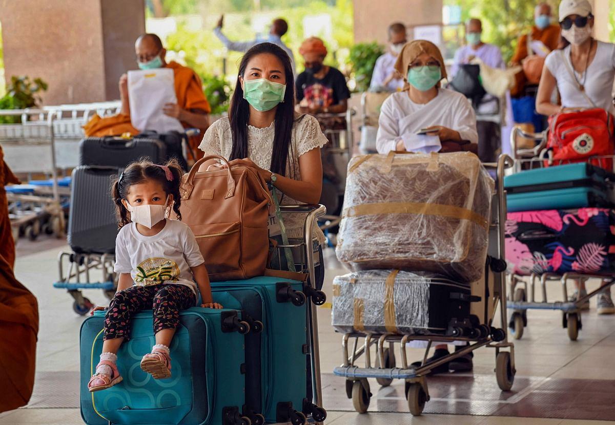 तीसरी लहर से पहले ही कोरोना वायरस ने बच्चों पर किया अटैक, कर्नाटक में संक्रमण बढ़ा, राहुल गांधी ने ट्वीट कर कही ये बात...