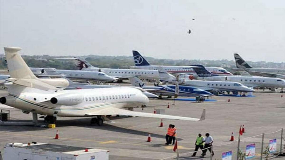 DGCA ने 17 मई की आधी रात तक सभी घरेलू और विदेशी उड़ानों पर बढ़ायी रोक, जानिए कब से उड़ेंगे हवाई जहाज...