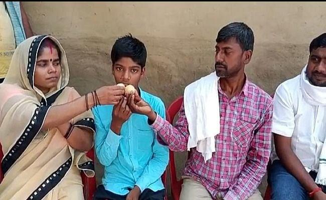 Bihar Board 10th Result : किसान का बेटा बना बिहार टॉपर, साॅफ्टवेयर इंजीनियर बनना चाहता है हिमांशु