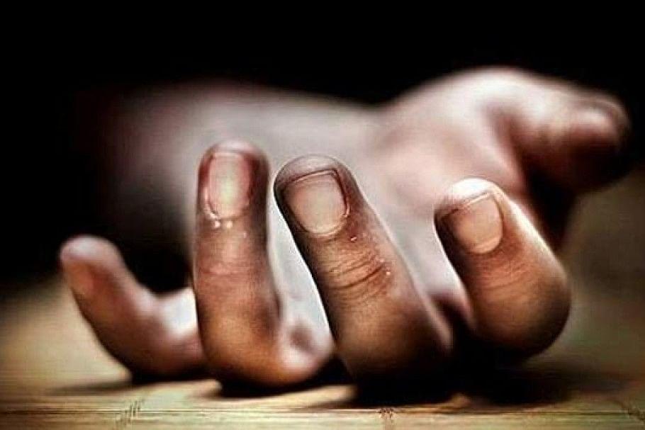 बेतिया में नींद से जगाने पर आग बबूला हुआ बेटा, मां को पीटा, बचाने आये पिता की कर दी हत्या
