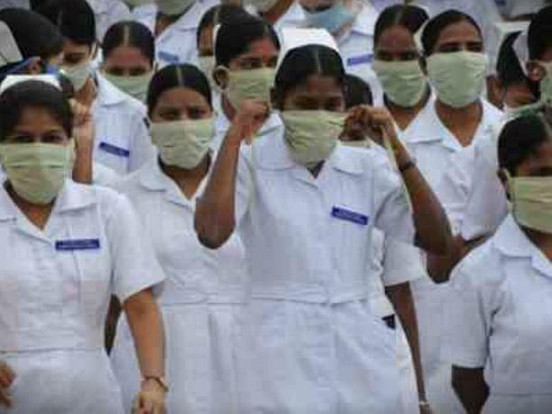 नर्सों के योगदान को नमन