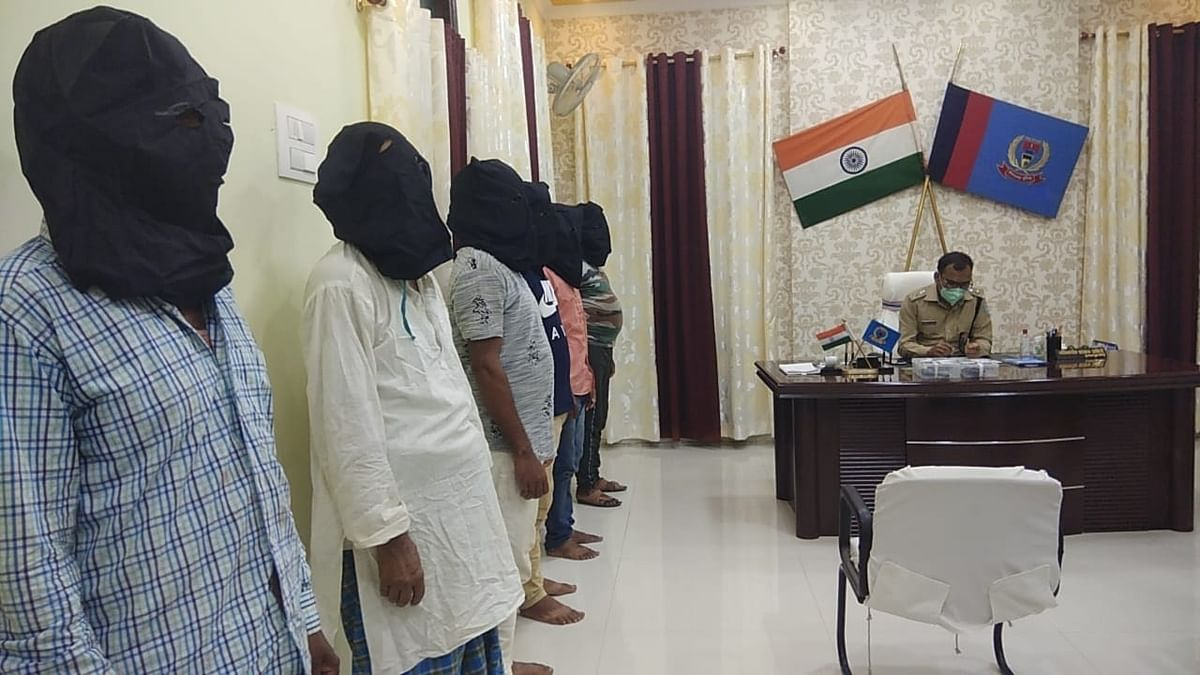 गढ़वा : प्रतापपुर गोलीकांड में शामिल छह अपराधी हथियार के साथ गिरफ्तार