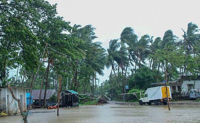 अम्फान का असर, अगले 48 घंटे में पूर्वी बिहार में मूसलधार और शेष बिहार में होगी हल्की बारिश