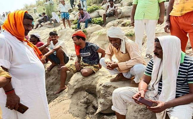 गंगा नदी में स्नान के दौरान ले रहे थे सेल्फी, गहरे पानी में डूबने से तीन युवकों की मौत