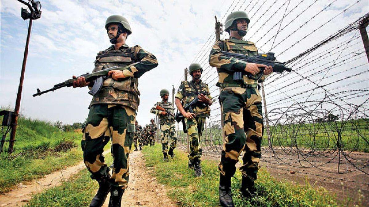 पाकिस्तानी सेना ने पुंछ में एलओसी पर की गोलाबारी