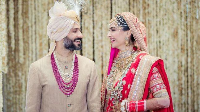 sonam and anand wedding anniversary