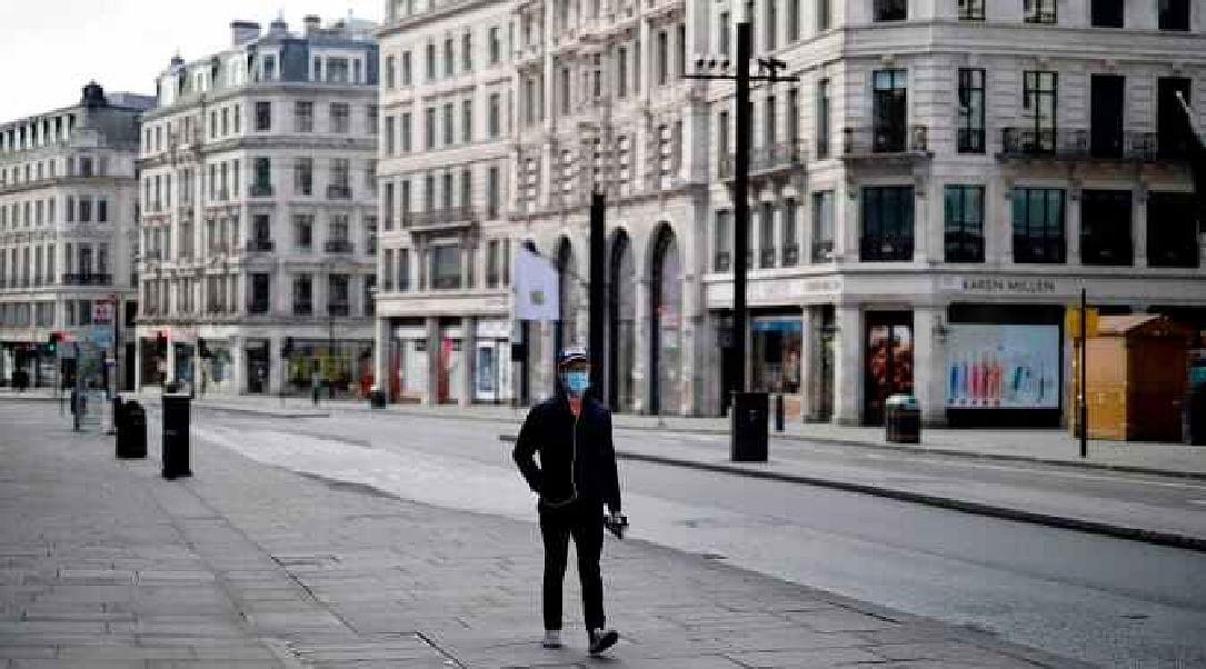 लंदन में वैज्ञानिक ने तोड़ा लॉकडाउन तो दे दिया इस्तीफा