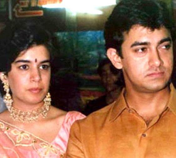 आमिर खान ने साल 1986 में अपने बचपन की प्यार रीना दत्ता से शादी की थी. शादी के 15 सालों बाद दोनों का रिश्ता तलाक तक आ पहुंचा. साल 2000 में दोनों ने बिना किसी ज्यादा हल्ला किए आपसी सहमति से तलाक ले लिया था.