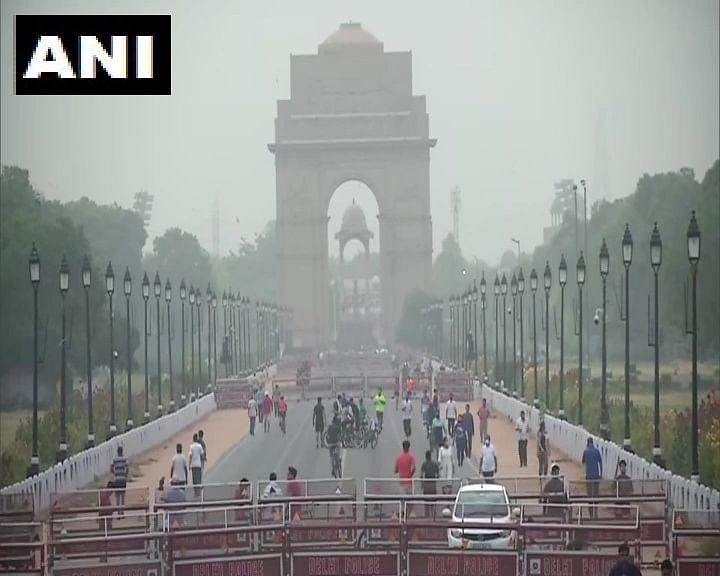 राजपथ पर अहले सुबह दिखी चहल-पहल, मॉर्निंग वॉक और साइकिलिंग करते नजर आये लोग