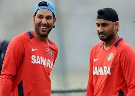 गेंदबाज ने उतारी हरभजन सिंह की नकल, भज्जी ने शेयर किया VIDEO तो युवराज का आया मजेदार कमेंट