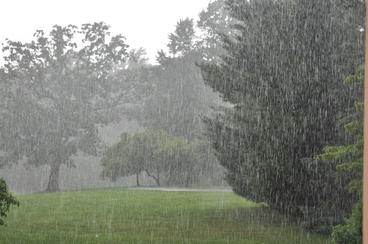 बंगाल की खाड़ी में निम्न दबाव, दो घंटे में 11 मिमी हुई बारिश