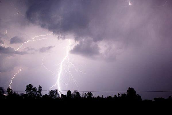 Weather News : आज व कल वज्रपात की आशंका, अलर्ट जारी, ऐसे करें वज्रपात से बचाव