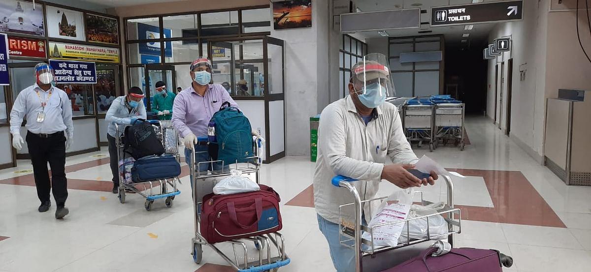 वन्दे भारत मिशन : खाड़ी देशों से 146 लोगों को लेकर एयर इंडिया का विमान पहुंचा बिहार