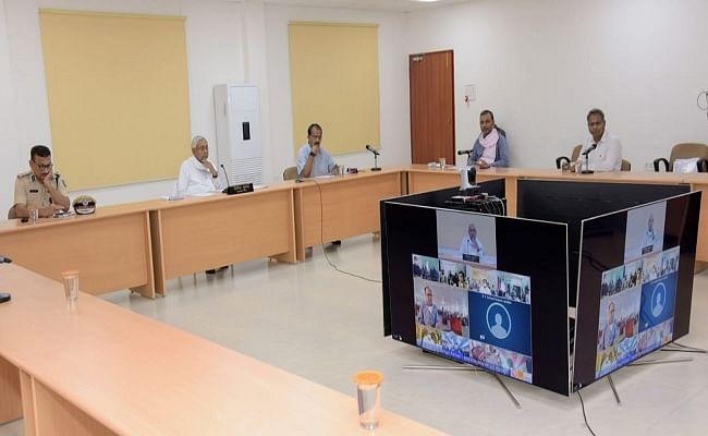 Coronavirus in Bihar : कालाबाजारी पर करें सख्त कार्रवाई, मरीजों से लें फीडबैक, नीतीश कुमार का अधिकारियों को दो टूक