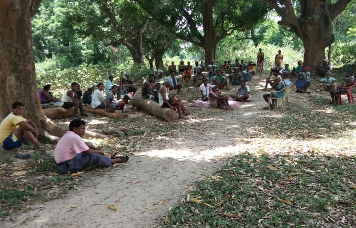 इनसे सीखिए : कोरोना से बचने के लिए ग्रामीणों ने बनाये नियम, दंड का भी है प्रावधान
