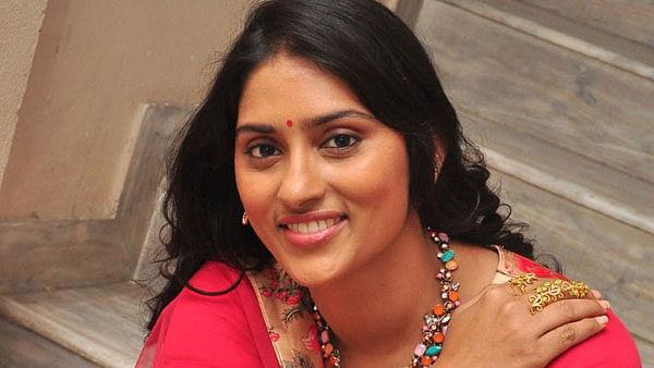 'Arjun Reddy' की एक्ट्रेस ने सिनेमैटोग्राफर श्याम नायडू पर लगाया धोखाधड़ी का आरोप