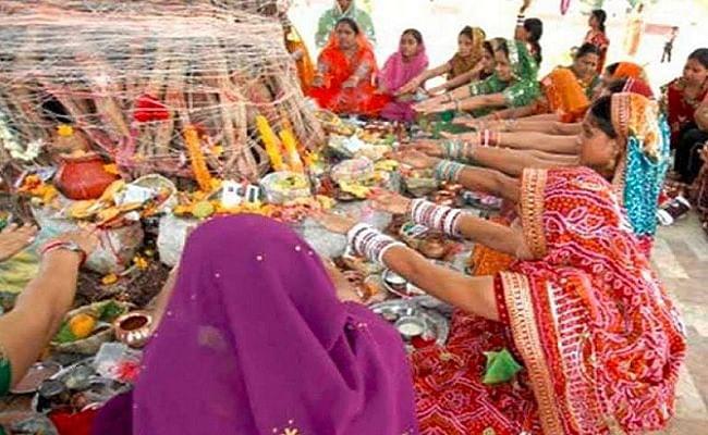 vat savitri pooja 2020: आज है वट सवित्री व्रत, जानिए पूजा का शुभ मुहूर्त और पूजा विधि