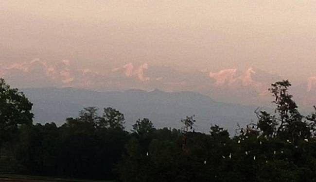 जालंधर और सहारनपुर के बाद अब बिहार के गांव से दिखने लगी हिमालय की चोटियां, तस्वीरें वायरल