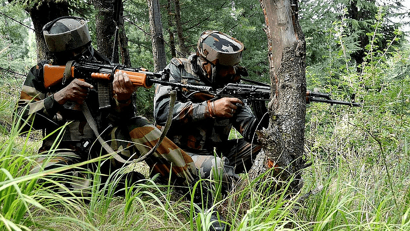 J&K: हंदवाड़ा में चला 20 घंटे का आर्मी ऑपरेशन, 5 जवान शहीद, मारा गया लश्कर का टॉप कमांडर हैदर
