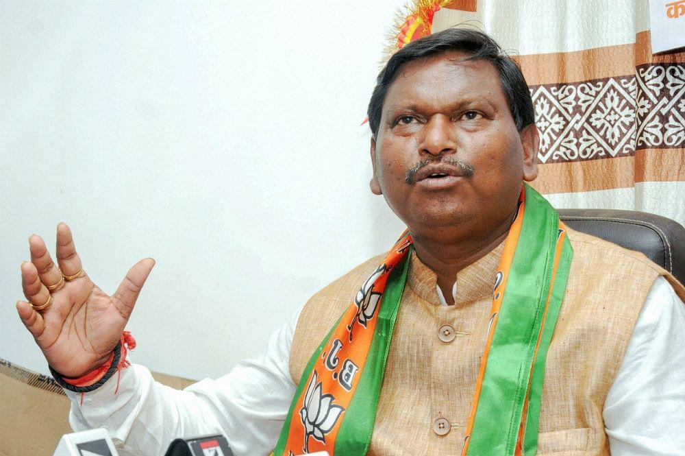 विभिन्न योजनाओं के लिए राज्यों को एक हजार करोड़ देगा केंद्रीय जनजातीय मंत्रालय : अर्जुन मुंडा