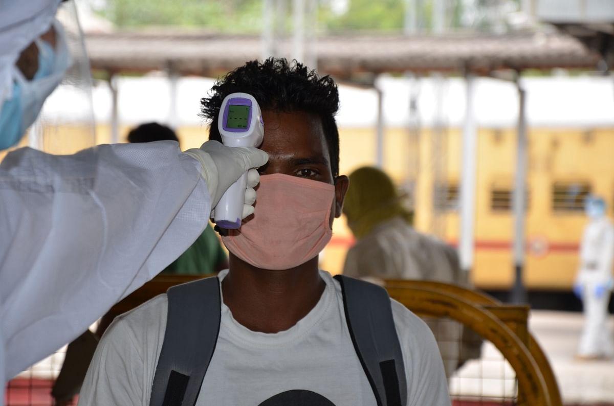 Coronavirus Latest Updates Live : 24 घंटे में तकरीबन 7500 नये केस, 175 की मौत, कुल मरीजों की तादाद 1 लाख 65 हजार के पार