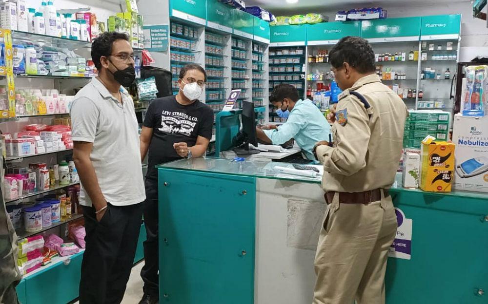 लॉकडाउन की आड़ में हो रहा नशीली दवा और सिरप बेचने का कारोबार, पुलिस की रडार पर आधा दर्जन धंधेबाज