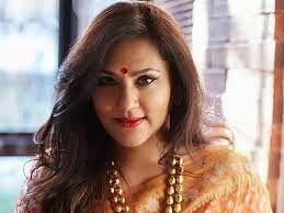 अब रामायण की 'सीता' बनेंगी सरोजिनी नायडू, देखें फिल्म का फर्स्ट लुक