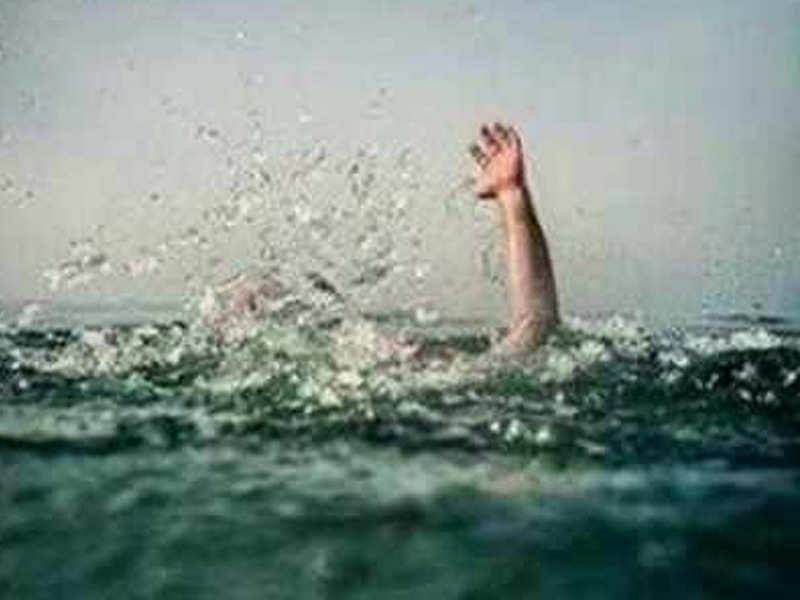 बूढ़ी गंडक नदी में डूबने से तीन लोगों की मौत