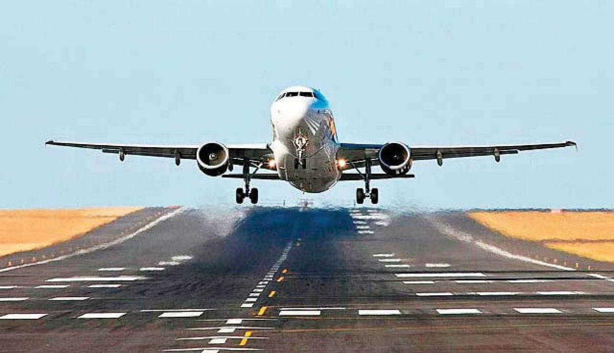 17 मई के बाद चुनिंदा रूटों पर उड़ाए जा सकते हैं Planes, मगर आरोग्य सेतु एप और एहतियाती कदमों के साथ...