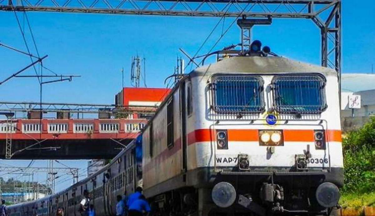 Indian railways के स्पेशल रूटों पर एमपी और फ्रीडम फाइटर्स के लिए खोले जाएंगे रिजर्वेशन काउंटर, वरिष्ठ नागरिकों को...