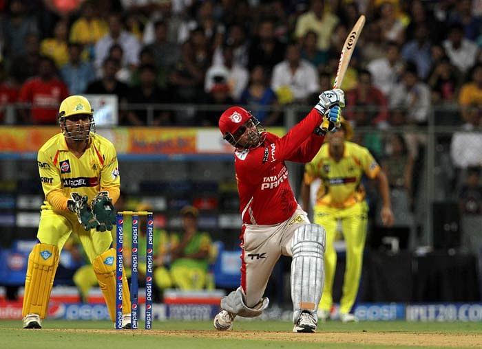 इतिहास के पन्नों से : आज ही के दिन सहवाग ने खेली थी चेन्नई सुपर किंग्स के खिलाफ शतकीय पारी