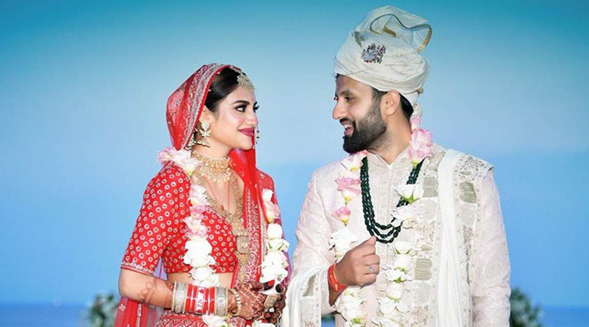 TMC सांसद नुसरत जहां ने किया निखिल से अलग होने का एलान, कहा- शादी नहीं हुई थी, रिलेशनशिप में थी