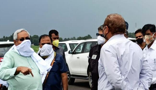CM नीतीश ने दरभंगा एयरपोर्ट और कमला बराज का किया निरीक्षण, शेष कार्यों को जल्द पूरा करने का दिया निर्देश