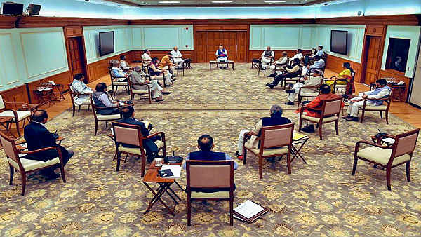 पीएम मोदी के आवास पर मंत्रिमंडल की बैठक शुरू, लिए जा सकते हैं कुछ बड़े फैसले