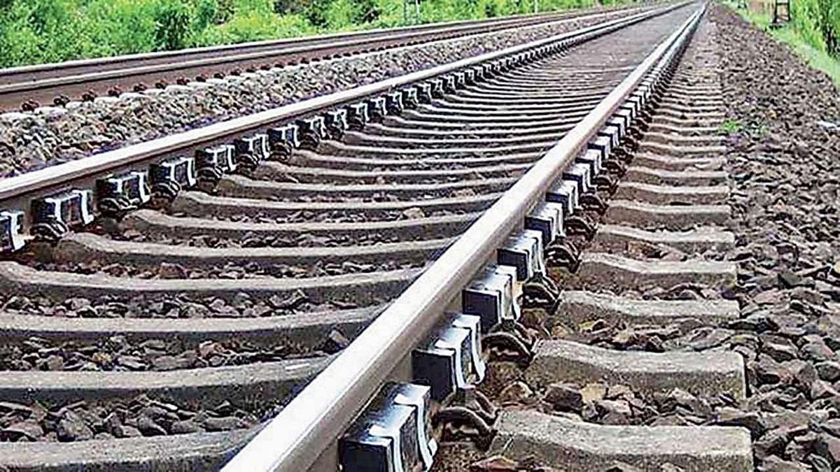 मुजफ्फरपुर-समस्तीपुर रेलखंड पर ट्रेन से कट कर तीन महिलाओं की मौत