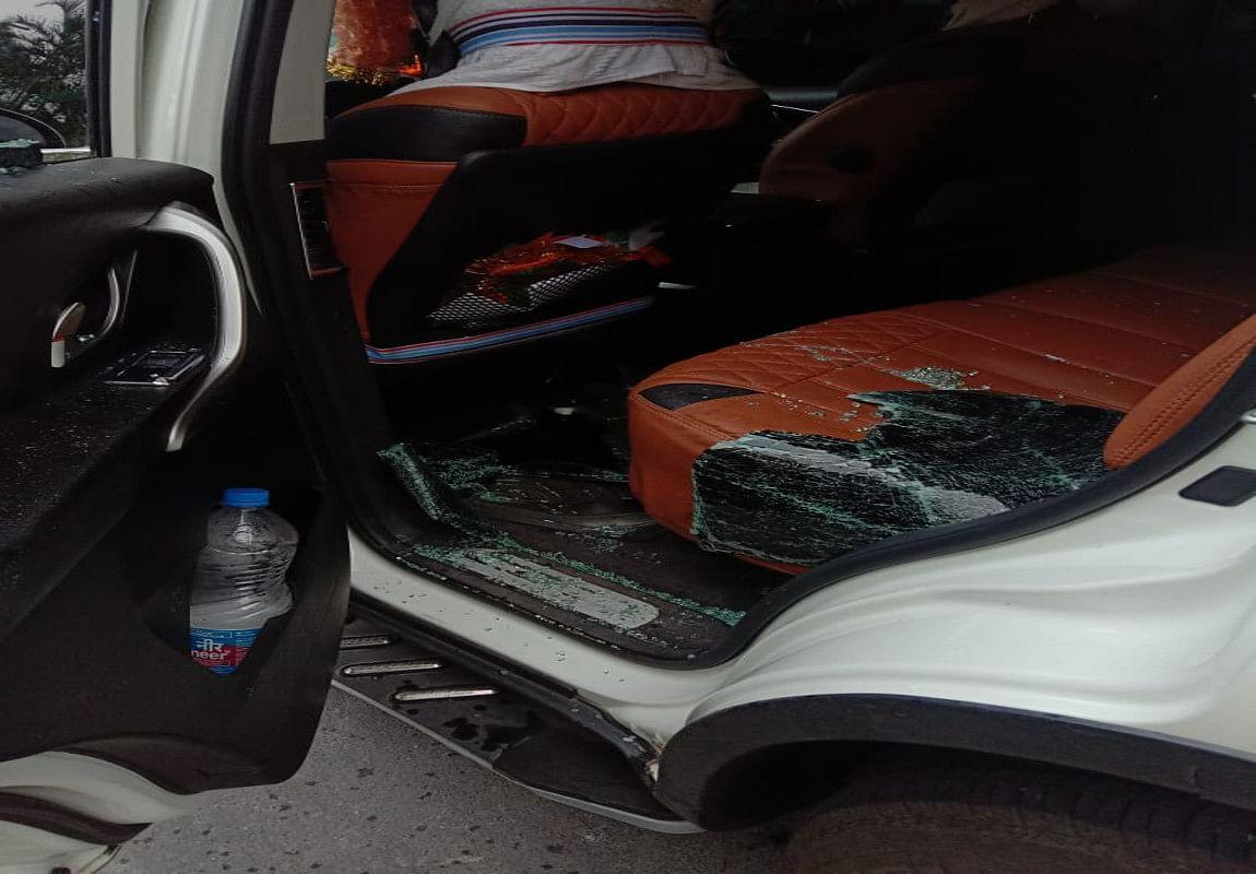 भाजपा नेता सब्यसाची दत्त पर हमला, गाड़ी में तोड़फोड़, 7 लोग घायल
