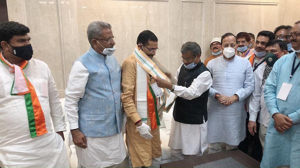 Rajya Sabha Election : दीपक प्रकाश और शिबू सोरेन जीते, भाजपा को 31, झामुमो को 30 और कांग्रेस को 18 वोट मिले