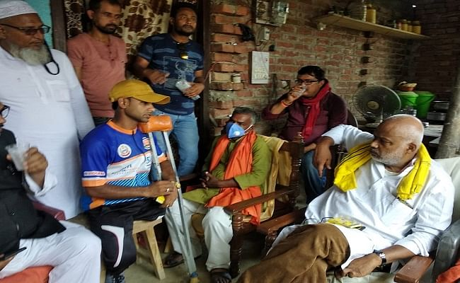 दरभंगा की बेटी ज्योति और दिव्यांग साइकिलिस्ट जलालुद्दीन से मिले पूर्व केंद्रीय मंत्री, दिया हरसंभव मदद का भरोसा