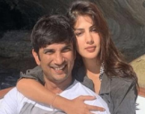 Sushant Singh Death Case : रिया के घर से मिले सुशांत के कपड़े व कुछ दस्तावेज, लैपटॉप व एटीएम कार्ड की तलाश जारी